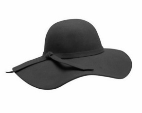 Sombrero de ala ancha. Todo el mundo lo tuvo este invierno y yo lo sigo queriendo.