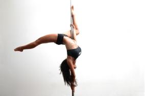 Regresar al pole dance. Tuve clases un tiempo y luego dejé de ir por complicaciones con horarios, pero me encantaría retomar. Es un súper ejercicio.
